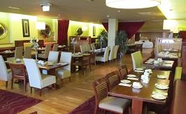 Raheen Woods Hotel Dinning